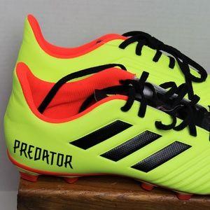 adidas Shoes - PREDATOR 18.4 FLEXIBLE GROUND CLEATS